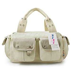 Vit väska (D4101-B)